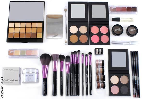 Foto de un kit de maquillaje, uno de los regalos para el Día de la Madre