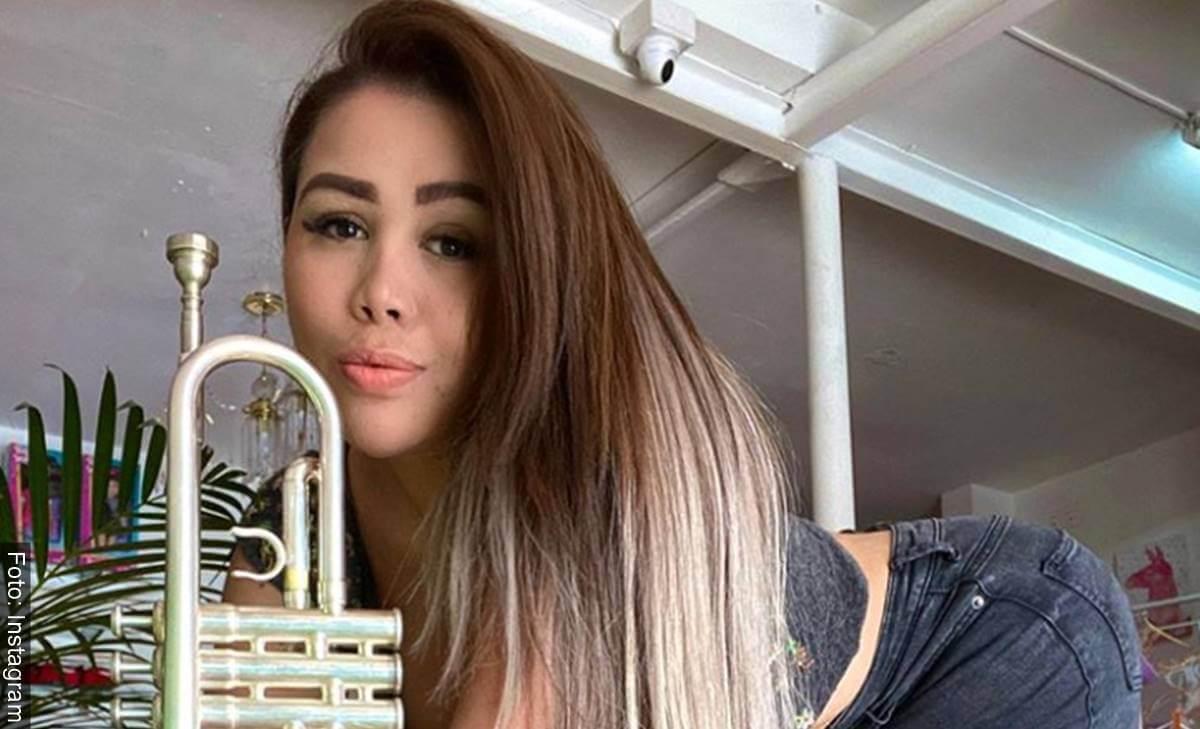 Yina Calderón en su Instagram presumió escote de infarto