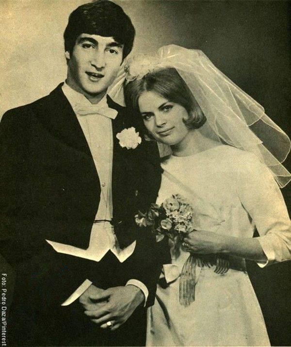 Foto de John Lennon y Cynthia Powell