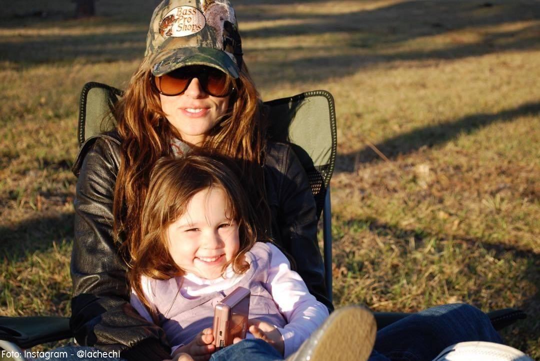 Karen Martínez y su pequeña Paloma cuando apenas tenía 5 años