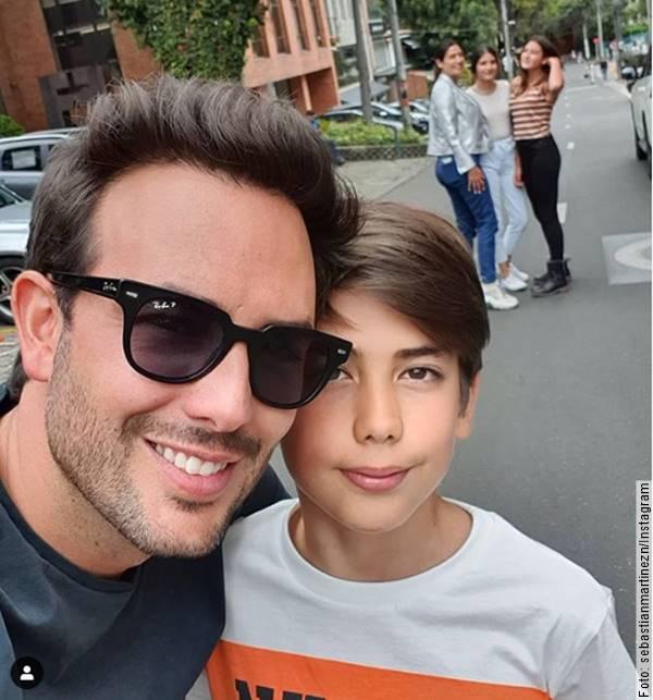 Foto de Sebastián Martínez y su hijo