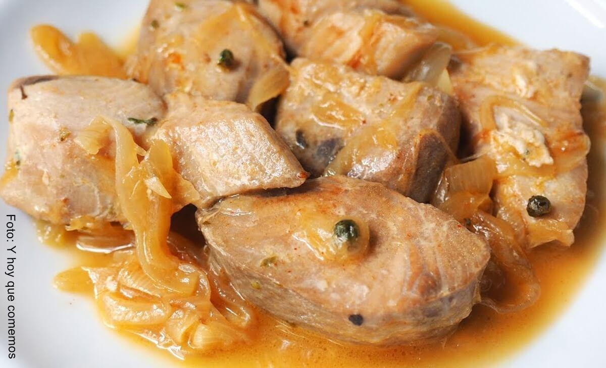 Receta de ensalada de atún con almendras y champiñones