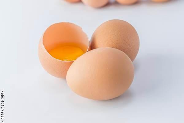 Foto de tres huevos