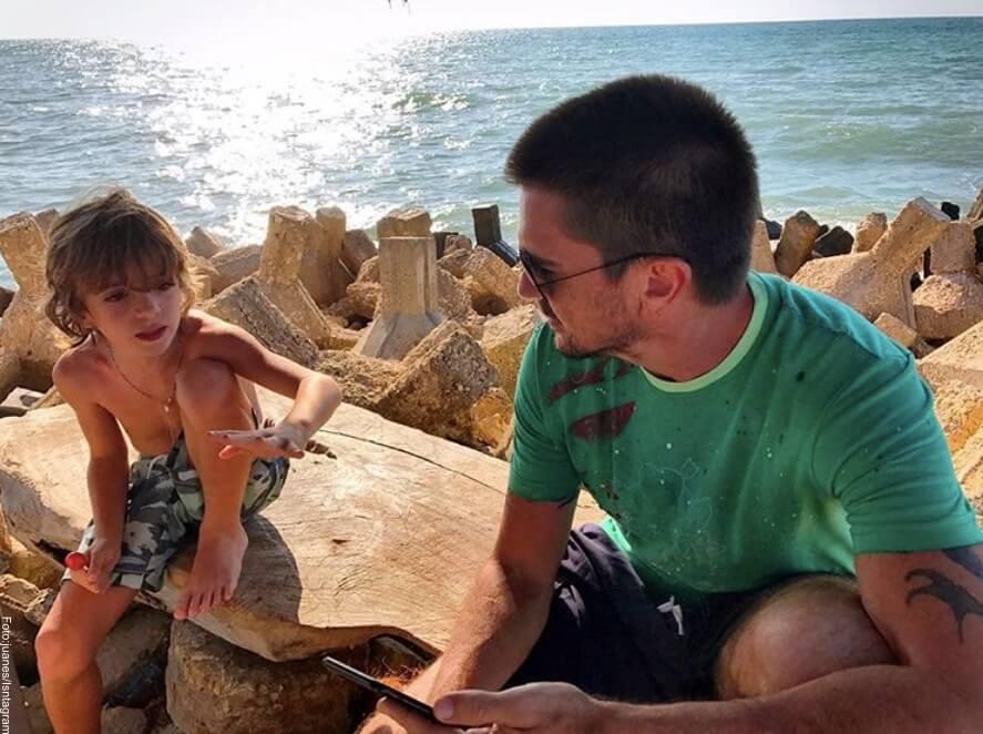 Foto de Juanes y su pequeño