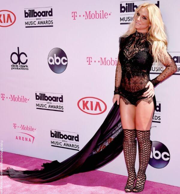 Britney Spears una de las 11 peores pintas de los Premios Billboard 2016