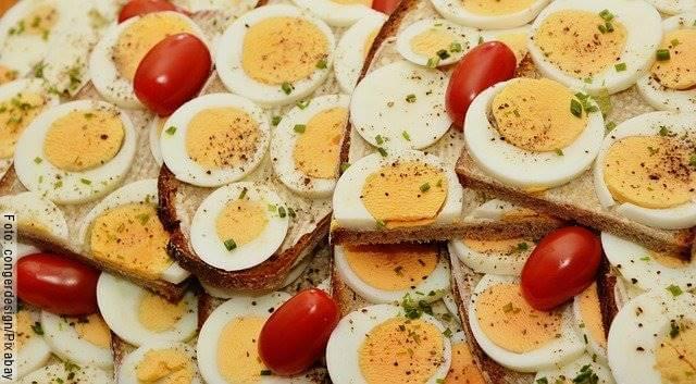 Foto de unos huevos duros