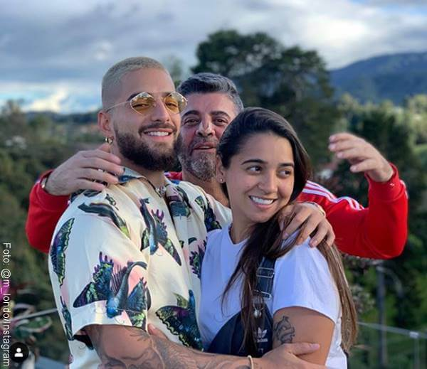 Foto de Maluma, su papá y su hermana Manuela