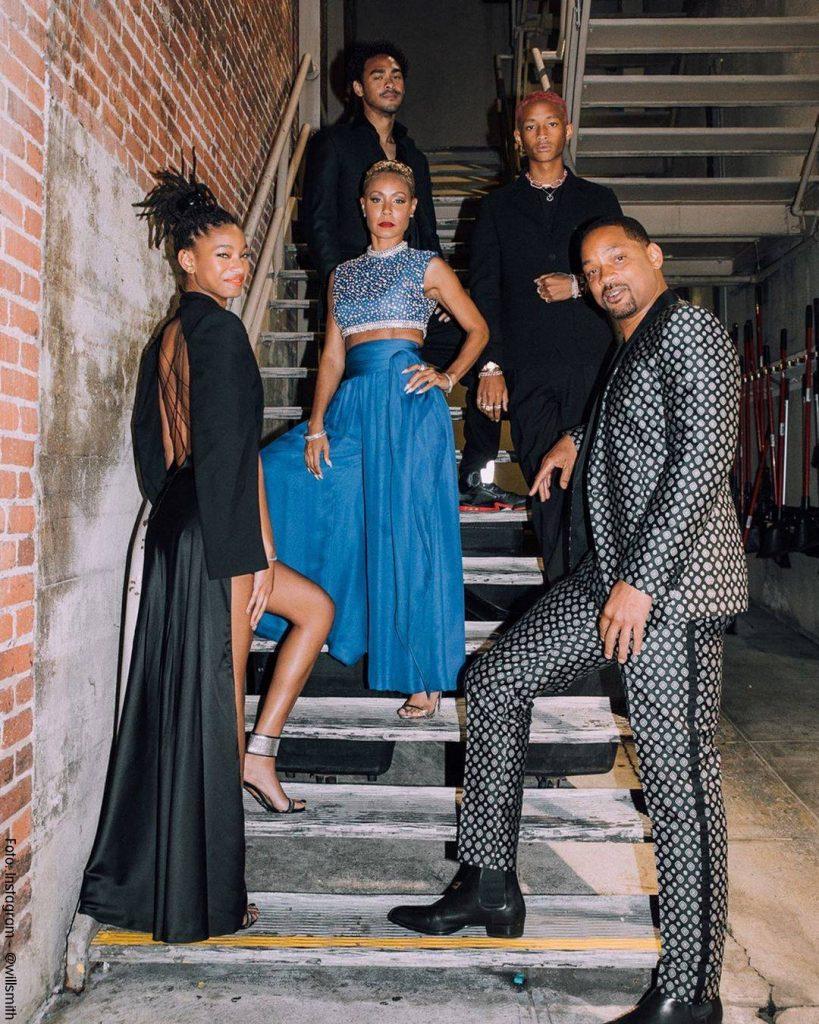 Foto de Will Smith y su familia en el estreno de Aladdin