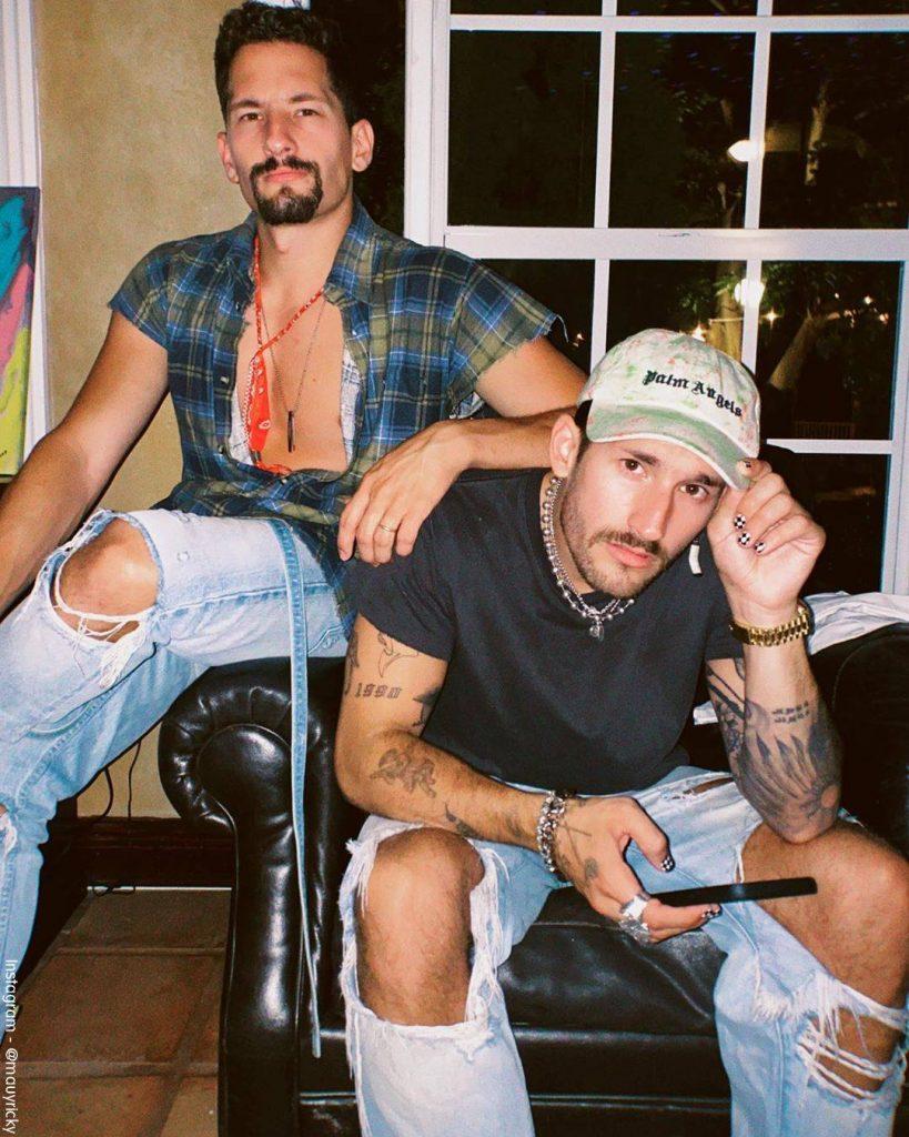 Foto de Mau y Ricky confinados en la casa de Ricardo Montaner