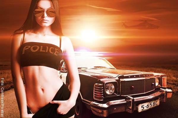 Foto de una policía sexy