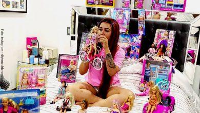Yina Calderón le puso implantes a una Barbie
