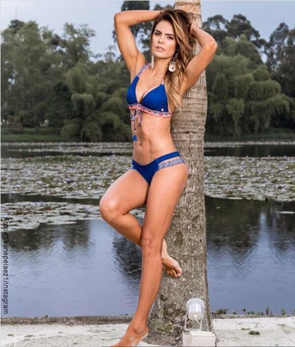 Foto de Vanesa Pelaez con bikini Hot
