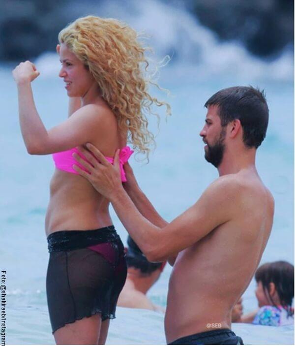 Foto de Shakira y Pique en el mar