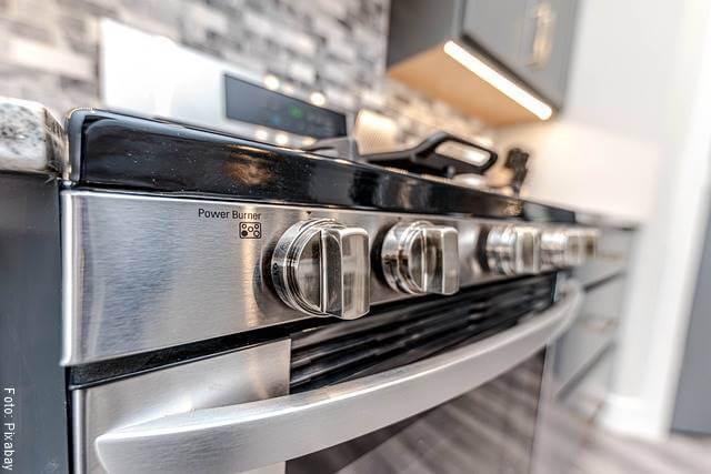 Foto de un horno para ilustrar cómo hacer torta de banano