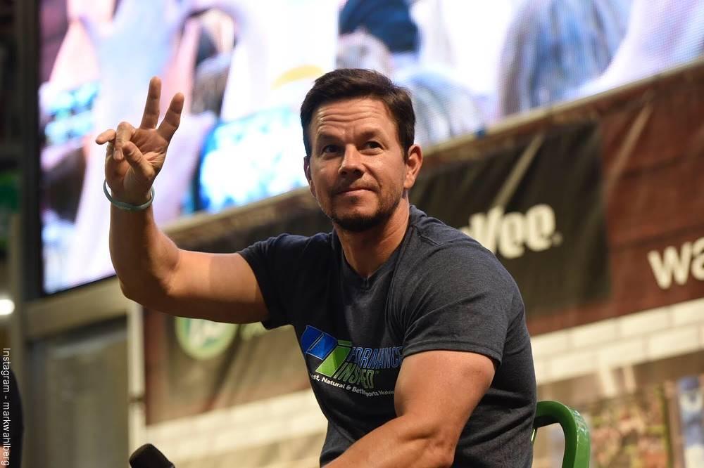 Foto de Mark Wahlberg durante el lanzamiento de su marca