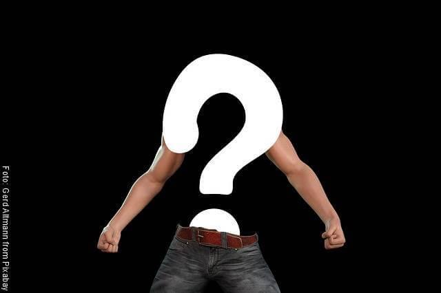 Foto de un hombre sin tronco y sin cabeza