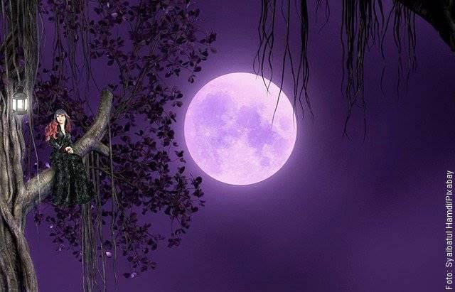 Ilustración de luna llena
