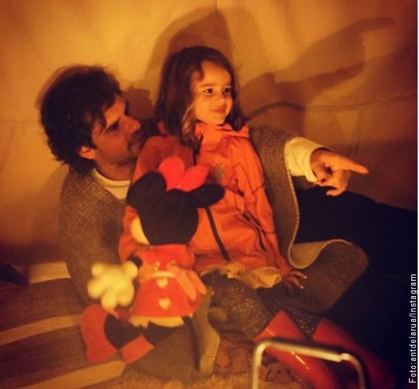 Foto de Antonio de la Rua con su hija