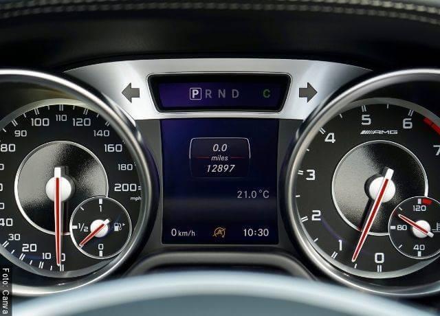 Foto de odómetro de carros