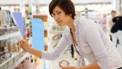 ¿Cosméticos naturales pueden ser peligrosos para la piel?