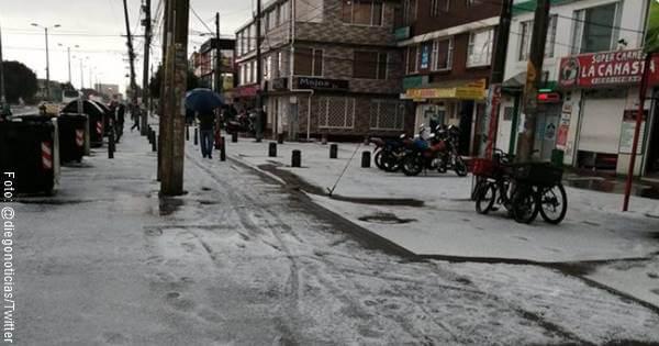 Foto de granizo en las calles