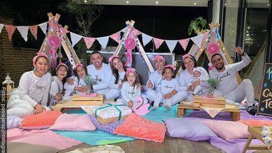 Paola Jara e hijas de Jessi Uribe hicieron pijamada y lo critican a él