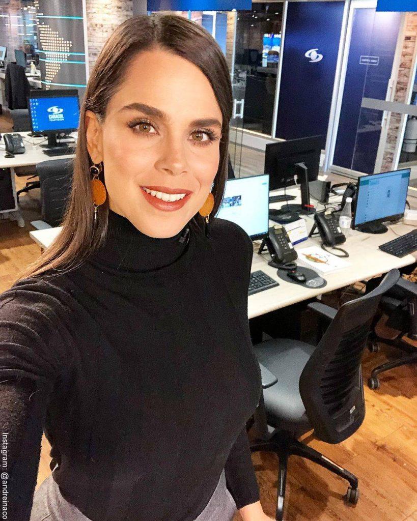 Foto de Andreína Solorzano en el set de Noticias Caracol
