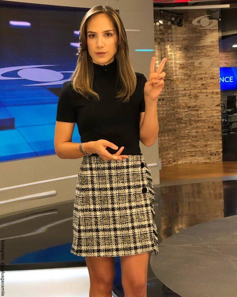 Foto de Camila Zuluaga el en Canal Caracol con el pelo corto