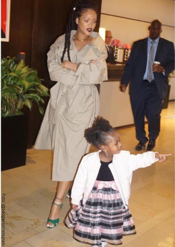 Rihanna junto a su sobrina