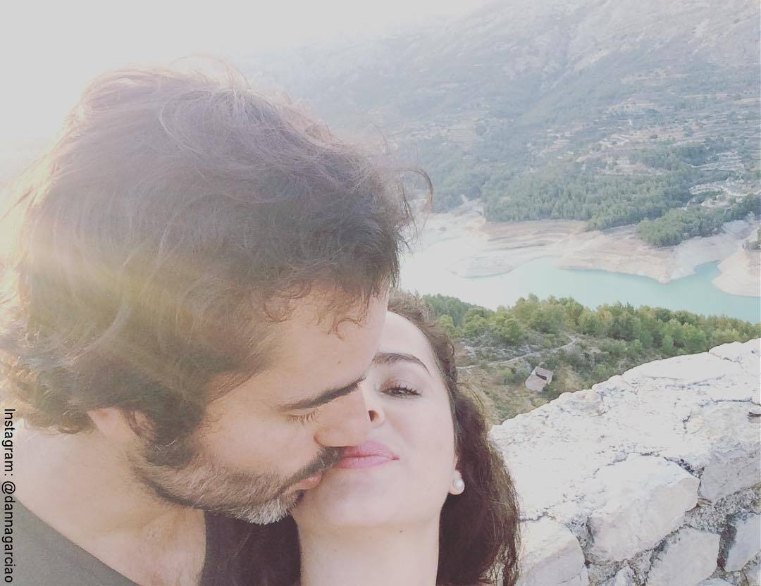 Selfie de Danna García con su esposo Iván González