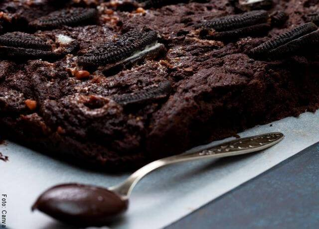 Foto de una tarta de galletas Oreo