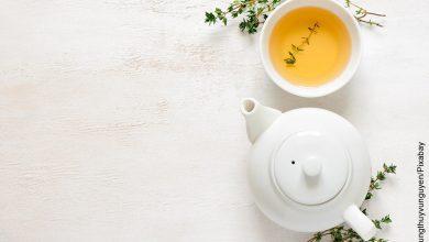 Foto de taza de té servida