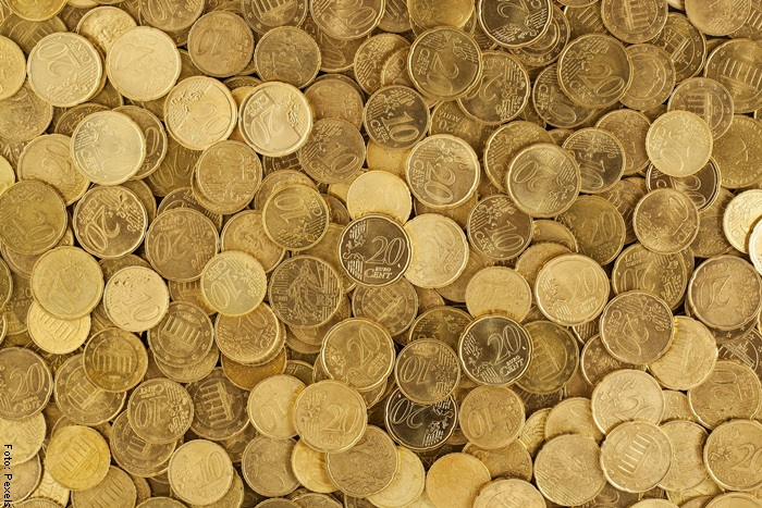 Foto de monedas de oro para ilustrar qué significa soñar con oro