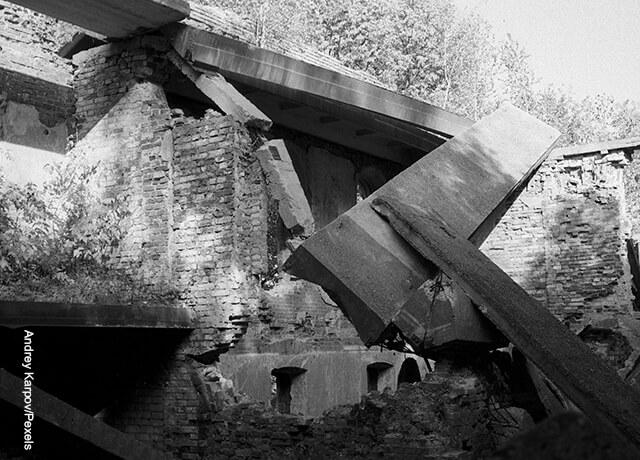 Foto de escombros de una fachada