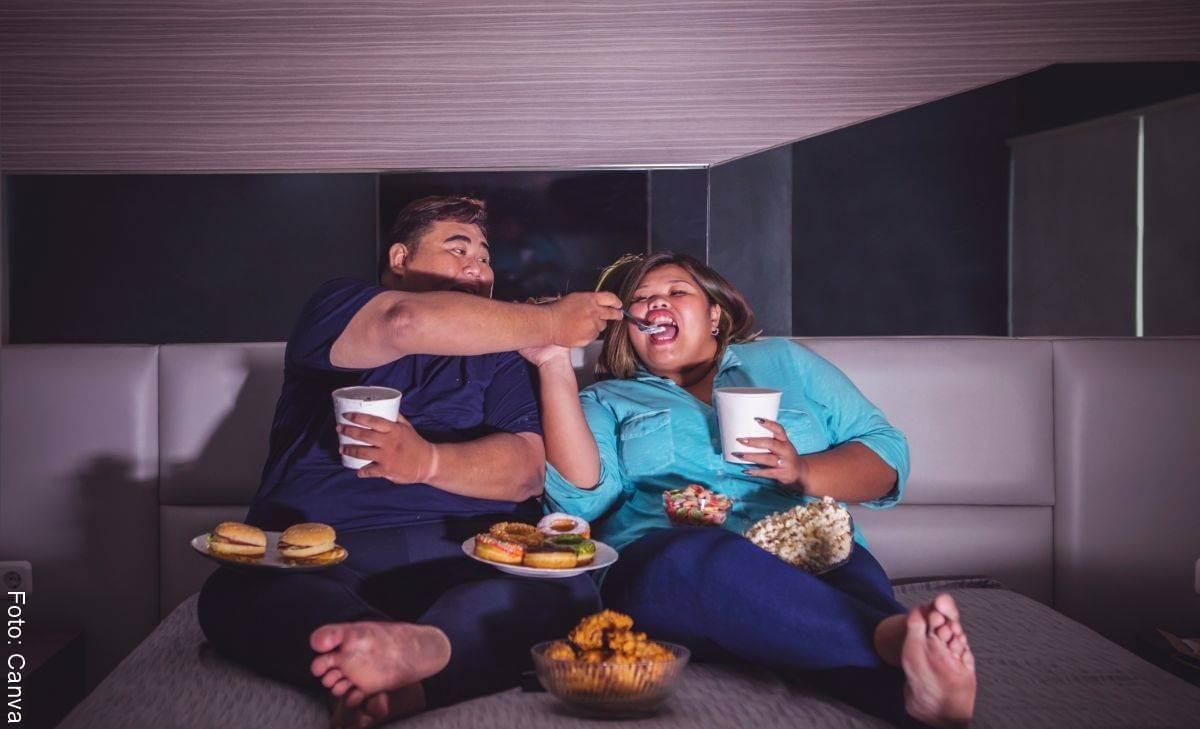 7 malos hábitos que comparten parejas según la ciencia