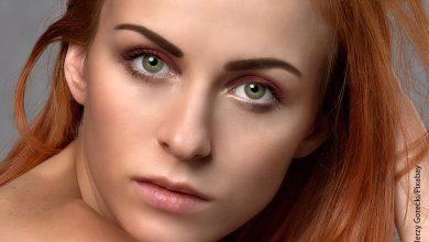 Foto del rostro de una mujer en primer plano