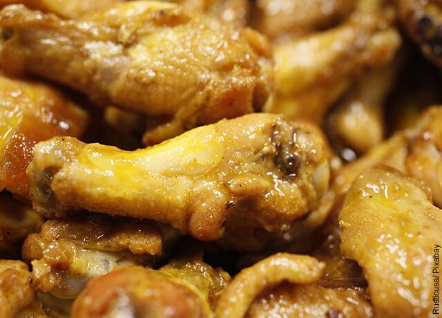 Foto de alitas de pollo horneadas