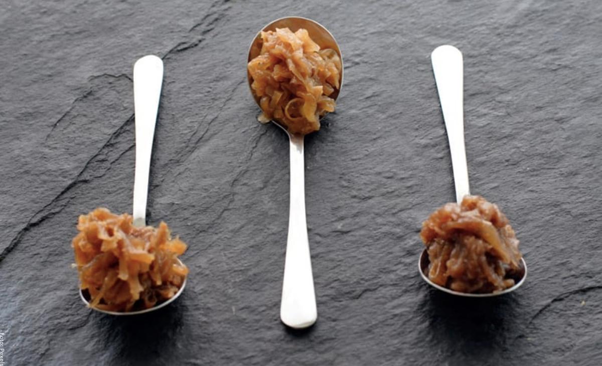 ¿Cómo hacer cebolla caramelizada en 3 pasos?