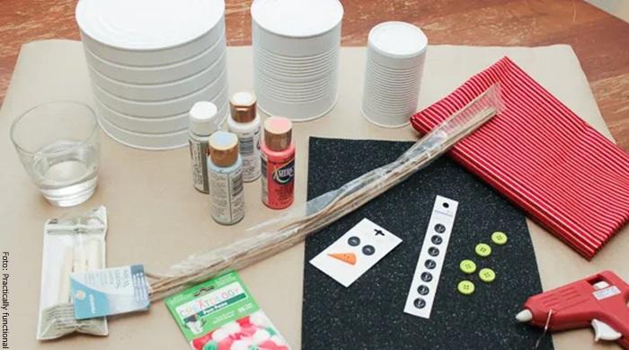 Foto de los materiales para hacer un muñeco de nieve