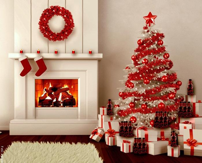 Foto de una idea de cómo hacer una chimenea navideña
