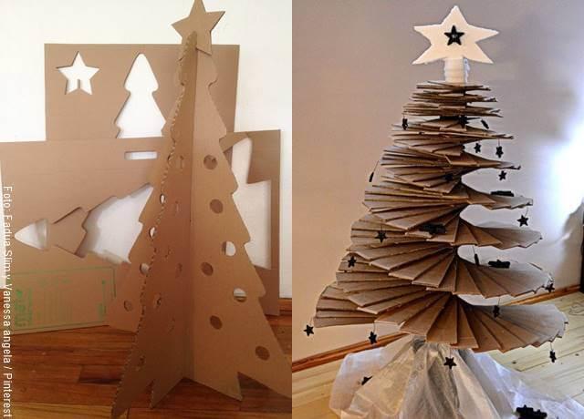 Foto de arbolitos navideños de cartón