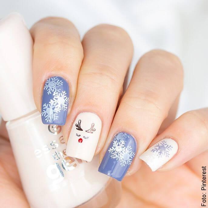 foto de uñas navideñas
