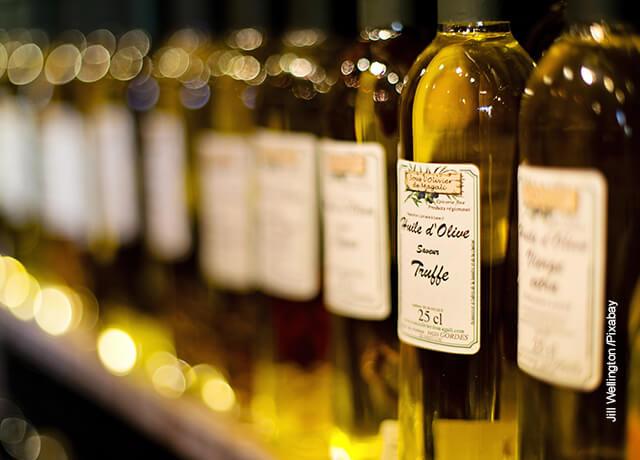 Foto de botellas de aceite