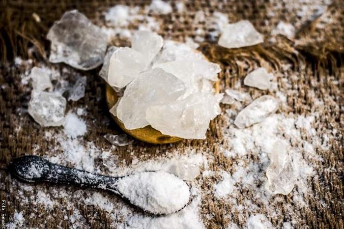 Foto de piedra para ilustrar para qué sirve la piedra de alumbre