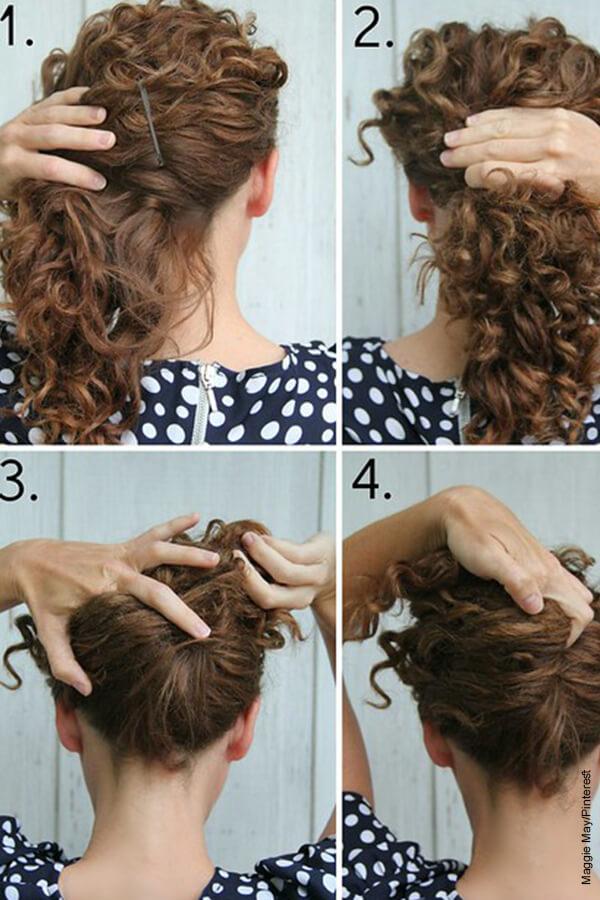 Foto de una mujer recogiendo su cabello