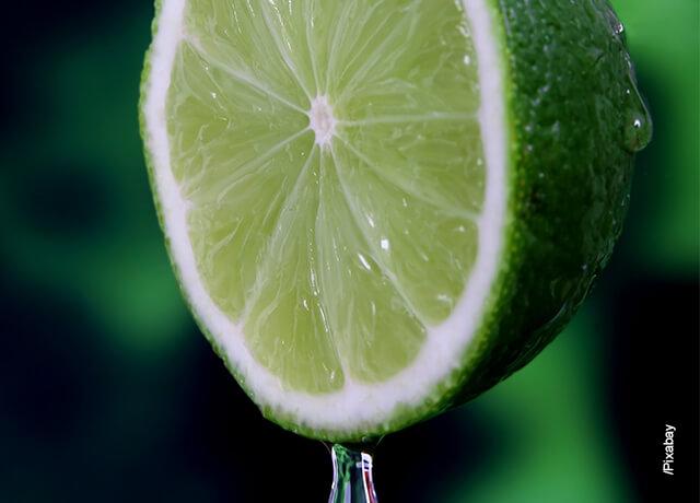 Foto de un limón exprimido