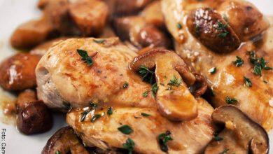 Pollo con champiñones, receta clásica, ¡como de restaurante!