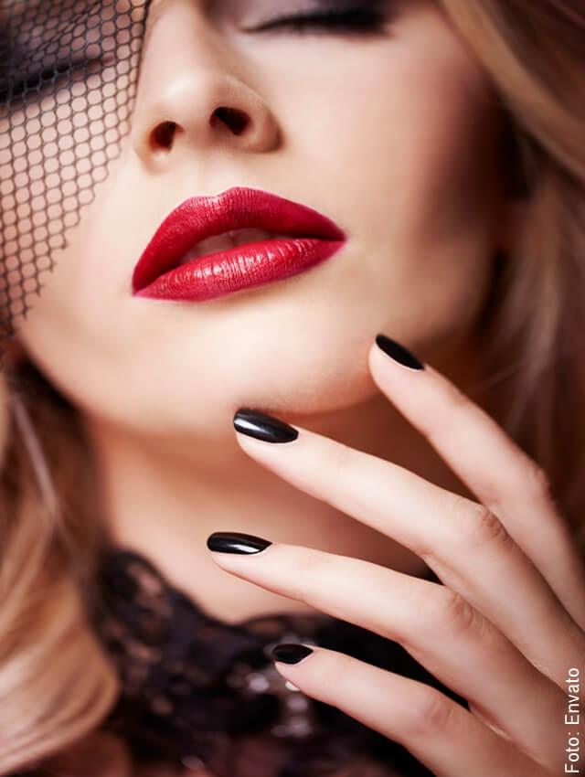 foto de mujer maquillada sexy