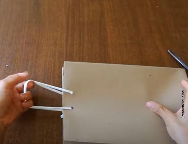 Foto de una bolsa de papel kraft