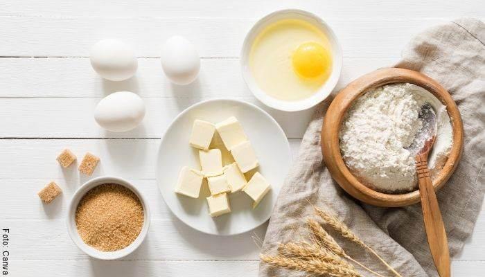 Foto de los ingredientes para hacer galletas caseras